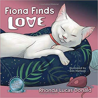 Fiona Finds Love : Rhonda Lucas Donald